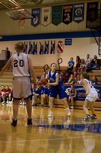 20120213_Girls_Basketball_C_JCC_016_Noiseware4Full