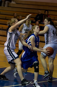 20120213_Girls_Basketball_C_JCC_055_Noiseware4Full