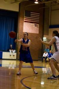 20120213_Girls_Basketball_C_JCC_013_Noiseware4Full