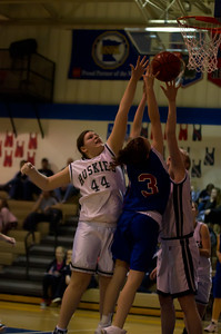 20120213_Girls_Basketball_C_JCC_027_Noiseware4Full