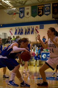 20120213_Girls_Basketball_C_JCC_006_Noiseware4Full
