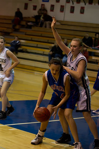 20120213_Girls_Basketball_C_JCC_063_Noiseware4Full