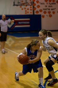 20120213_Girls_Basketball_C_JCC_062_Noiseware4Full