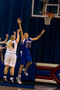 20120216_Girls_Basketball_B_Minneota_024_Noiseware4Full