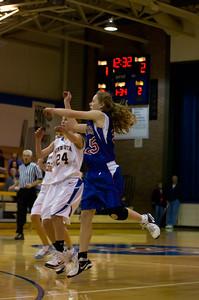 20120216_Girls_Basketball_B_Minneota_015_Noiseware4Full