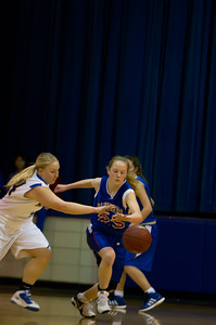 20120216_Girls_Basketball_B_Minneota_032_Noiseware4Full