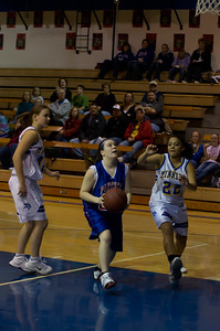 20120216_Girls_Basketball_C_Minneota_081_Noiseware4Full