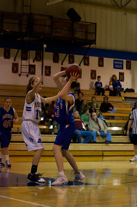 20120216_Girls_Basketball_C_Minneota_040_Noiseware4Full