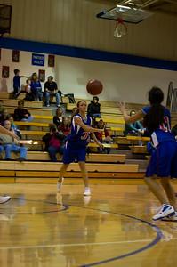 20120216_Girls_Basketball_C_Minneota_055_Noiseware4Full