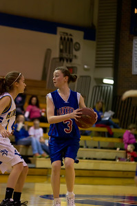 20120216_Girls_Basketball_C_Minneota_030_Noiseware4Full