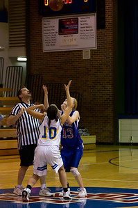 20120216_Girls_Basketball_C_Minneota_002_Noiseware4Full