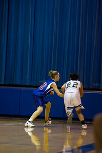 20120216_Girls_Basketball_C_Minneota_070_Noiseware4Full