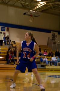 20120216_Girls_Basketball_C_Minneota_073_Noiseware4Full