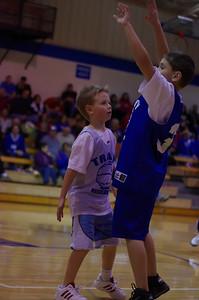 20110210_Basketball_Halftime_3-5_Graders_016