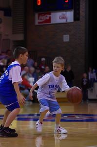 20110210_Basketball_Halftime_3-5_Graders_084