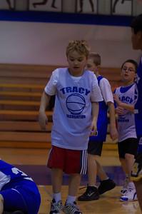 20110210_Basketball_Halftime_3-5_Graders_014