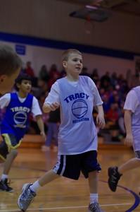 20110210_Basketball_Halftime_3-5_Graders_088