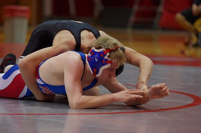 20110127_Wrestling_Varsity_Worthington_022