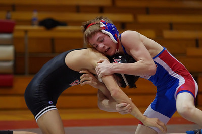 20110127_Wrestling_Varsity_Worthington_005