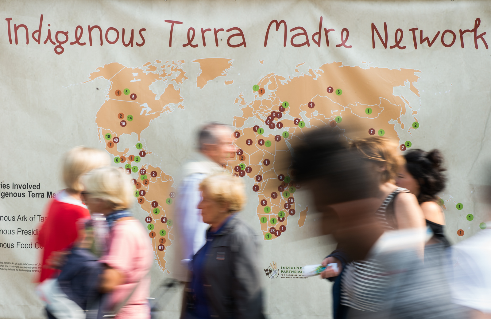 https://photos.smugmug.com/TMSDG2016/Momenti-di-Terra-Madre-e-Salon/i-Z8XZtBN/0/X3/Slowfood_Terramadre_Salonedelgusto_Torino-158-X3.jpg