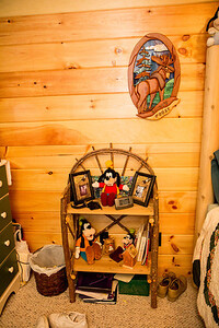 CarlsHouseUpstairsBedroom2