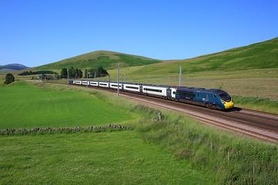 390013 working 9M60 1652 Edinburgh to London Euston at Abington on 15 July 2021  Class390, AvantiWestCoast, ClydeValley, WCMLScotland, Pendolino