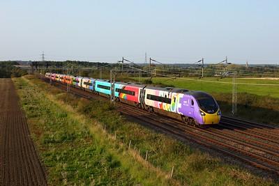 390119 working 1A54 Liverpool Lime Street to London Euston at Ledburn on 20 August 2020  Class390, Avanti