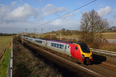 221107+22111 on the 9M51 0800 Glasgow Central to London Euston at Cow Roast on the 1st February 2020