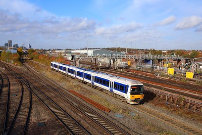 165030 on the 2C27 0945 Aylesbury to London Marylebone at Neasden south junction on the 8th November 2018