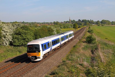 165015 on the 1U43 London Marylebone to Banbury at Kings Sutton on the 10th May 2017