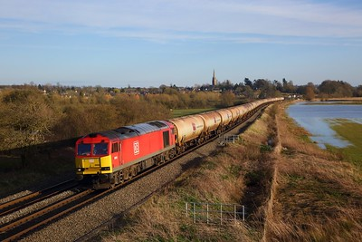 60092 on 6E45 Theale to Lindsey at Kings Sutton on the 16th March 2020