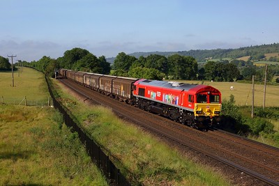 66113 works the 6M45 0705 Dollands Moor to Daventry loaded water north of Shoreham on 16 June 2020  DB Cargo, Class66, Maidstoneline
