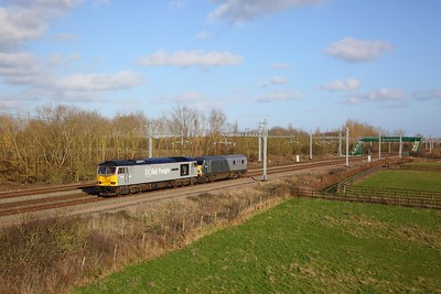 60046+82302 on the 5Z22 Wembley to Barton Hill at Denchworth on the 8th February 2020