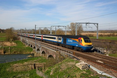 43083+43050 on 1B51 1349 Nottingham to London St Pancras at Radwell on the 22nd March 2020
