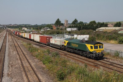 66504 hauls the 4O51 1058 Cardiff Wentloog (now retimed to work an hour later) to Southampton freightliner, captured here at Severn Tunnel junction on the 25th July 2014