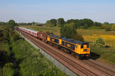 20905+20901 tnt 20096+20107 on the 7X09 Old Dalby to West Ruislip at Branston on the 11th June 2015