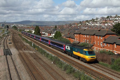 43002+43158 on the 1L54 1155 Cardiff Central to London Paddington at Somerton on the 31st March 2017