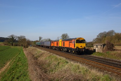 20311 leads 20314 on the 5L47 Eastleigh to Ely at Oakley on the 24th March 2020