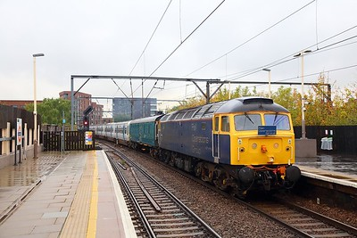 47812+977087+365527+975875 on the 5Q50 Crewe South Yard to Ilford Depot at Camden Road on the 17th October 2018