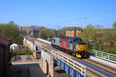 37601 on the 0Z01 Willesden to Willesden via Barking on the GOBLIN over the River Lea at Blackhorse Road on 1st April 2019 1