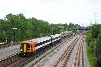 158886 calls at Millbrook (Hants) with the 2S39 1407 Romsey to Salisbury on 9 June 2020  SWR, Class158, SWML