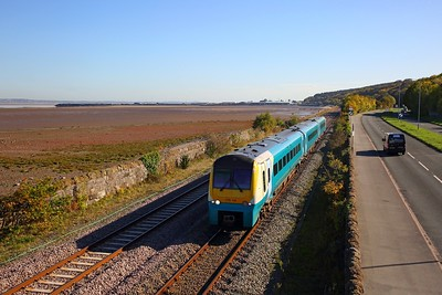 175115 on the 1D36 1137 Manchester Airport to Llandudno at Ffynnongroyw, Mostyn on the 18th October 2018