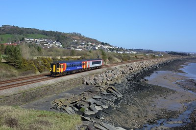 153913 leads 153329 on 1V37 0831 Manchester Piccadilly to Milford Haven at Pwll on 2 April 2021  Class153, TFW, WestWalesline
