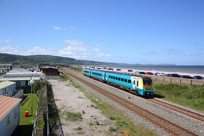 175112 on the 1H87 1144 Llandudno to Manchester Airport at Abergele on the 4th May 2019