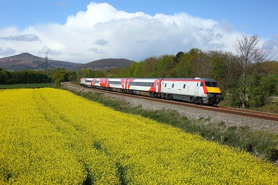 82226 leading 67017 working 5J78 1155 Crewe CS to East Usk (terminated Newport) at Llanellen, Abergavenny on 4 April 2021  DVT, TFW, Themarches,