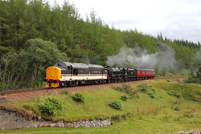 37518 leads 44871 on 5Z32 Carnforth to Fort William at Tyndrum Upper on 3 August 2012  Class37, WHL, IanRiley, WCRC