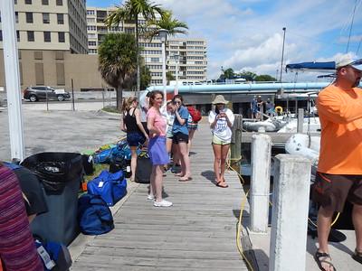 Bahamas 2016 - Cool Girls Boat