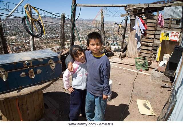 UN15.31 / Poor children in Mexico / Choice 12 of 14