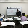 過去問・類題演習会の様子 解説講義・渋川共同代表講師による民法解説中