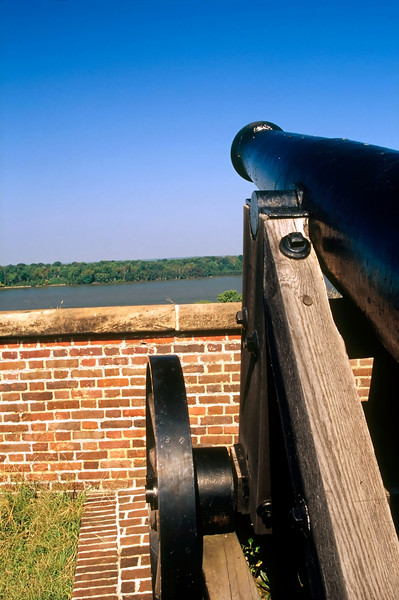 CANON OF HISTORIC FORT WASHINGTON
